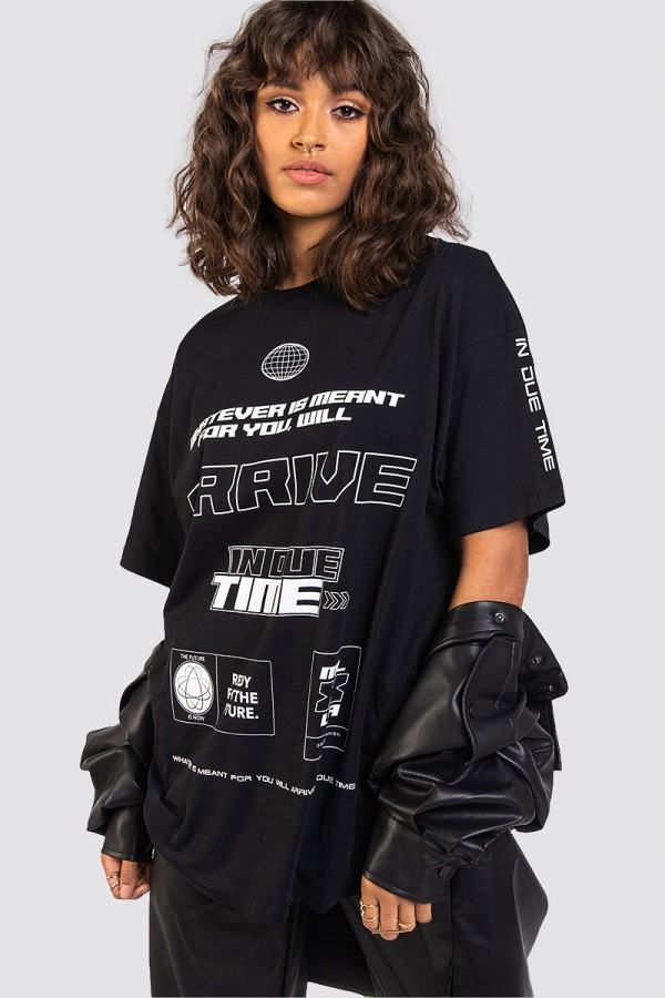 Oversize T-shirt - In Due Time